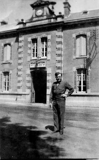 Picture illustrating the 58th General Hospital Headquarters building at Châlons-sur-Marne, France.